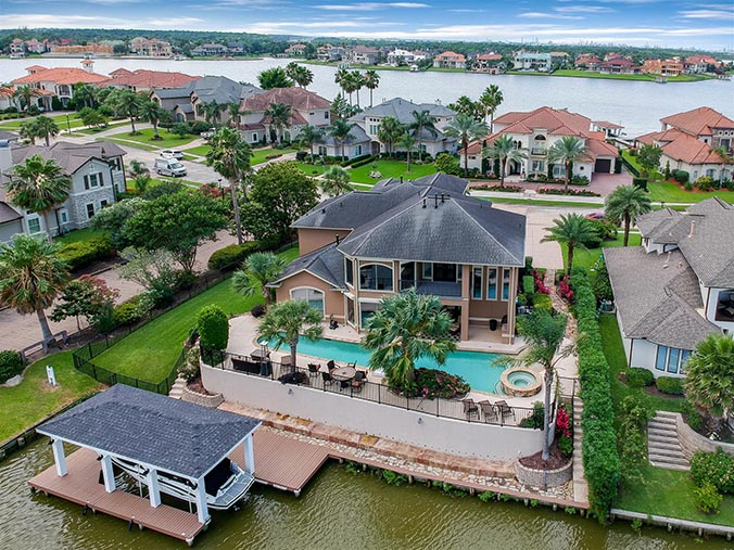 aerial photography for Arlington, TX waterfront property